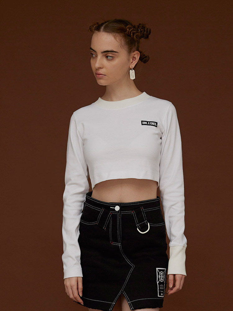 DIM E CRES BACK LOGO CROP SLEEVE T